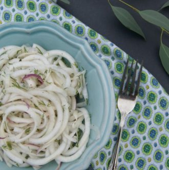 Refreshing Turnip and Dill Salad - Spiralized turnip and the sweet aroma of fresh dill make for a refreshing salad. Easy & Quick with under 5 ingredients! Paleo   GAPS   Primal   AIP