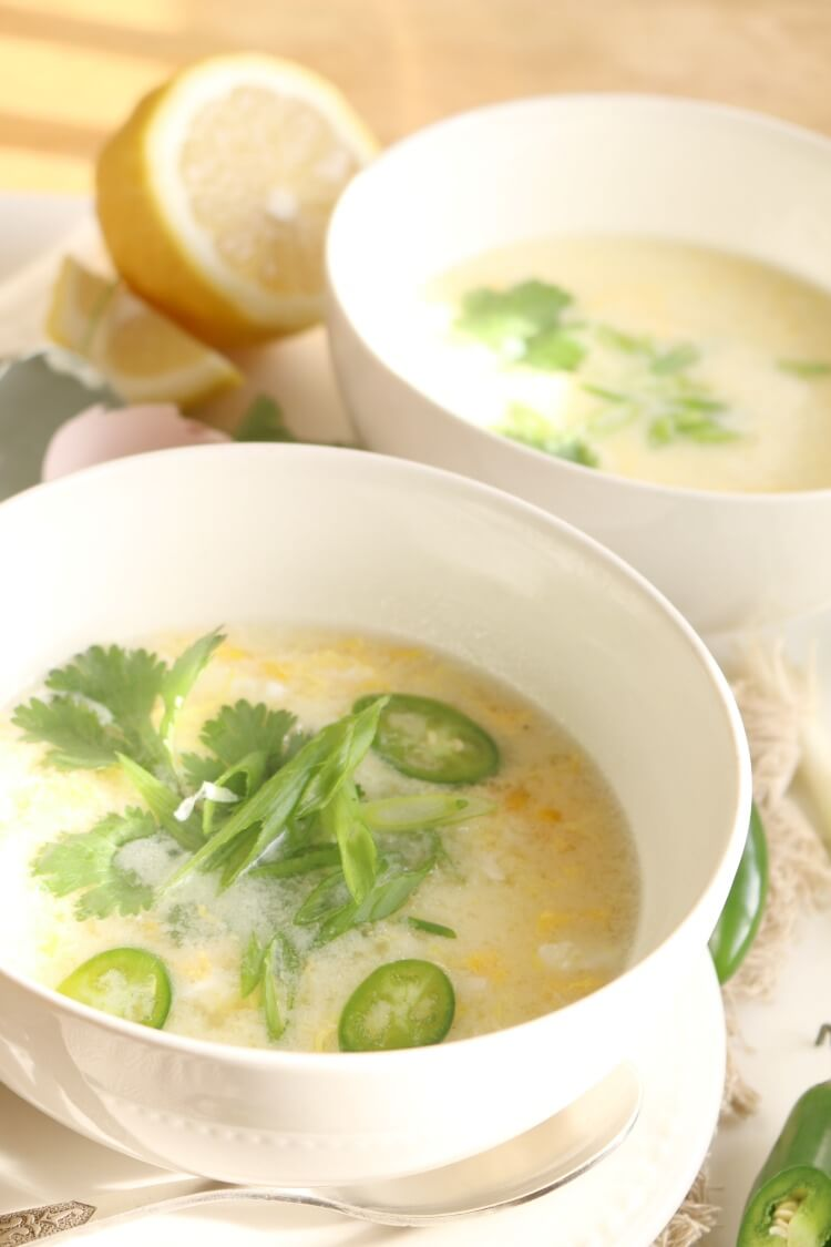 This Simple Egg Drop Soup is rich in nutrition and healthy fats. It doesn't have a thickener making this an easy paleo breakfast, lunch or dinner.