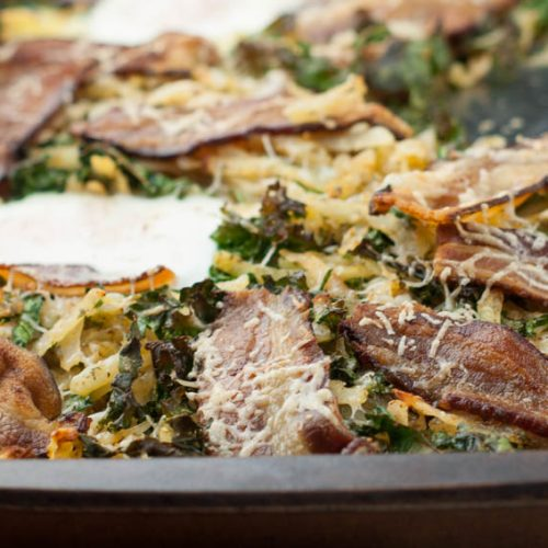 Sheet Pan Breakfast with Kale, Bacon and Hash Brown (Whole 30)