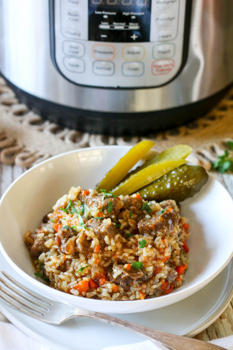 Instant Pot Sprouted Brown Rice with Beef Recipe -This Instant Pot Sprouted Brown Rice with Beef recipe is a simple dish that is full of flavor and bound to make the entire family happy. This dish is healthy, easily digestible and simple to make for a quick one pot dinner with plenty leftovers for lunch. #onepot #pressurecooker #instantpot