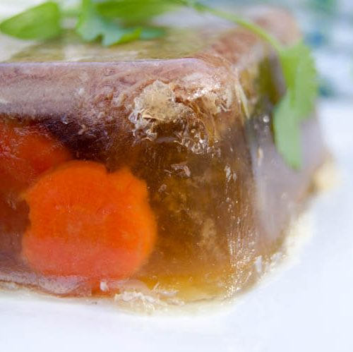 "How to Make Aspic ""Meat Jello"" -Meat jello or Aspic, as it is formally called, is rich in amino acids and nutrients. It's naturally a great source of collagen and helps support bone, teeth and joint health. It's naturally Whole30, Keto, Paleo and GAPS diet compliant. #guthealing #GAPSdiet"