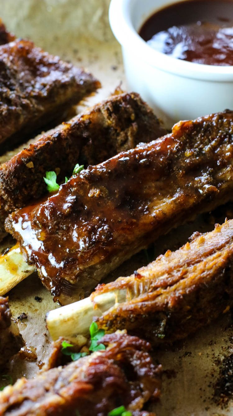 Instant Pot Ribs (Keto, Paleo, Whole30) -These Instant Pot Ribs are so delicious, flavorful, tender and best of all easy to make with only 5 ingredients and 30 minutes cook time! Pair with your favorite roasted vegetable for an easy weeknight dinner! #instantpot #spareribs