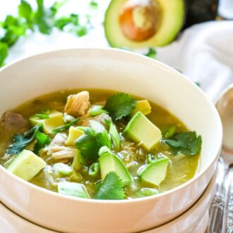 healthy white chicken chili with avocado